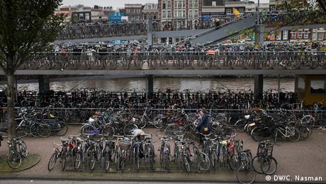 Bikes in Amsterdam (photo: Carl Nasman)