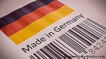Флаг ФРГ, надпись Made in Germany и штрихкод