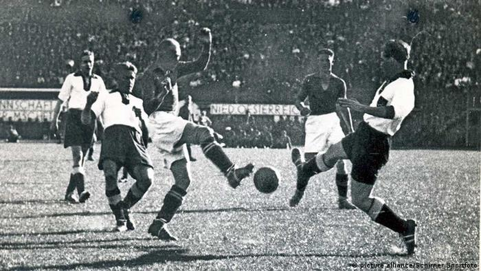 Fußball Länderspiel Deutschland - Ungarn 1938