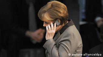 آژانس امنیت ملی آمریکا موبایل آنگلا مرکل را شنود میکرده است