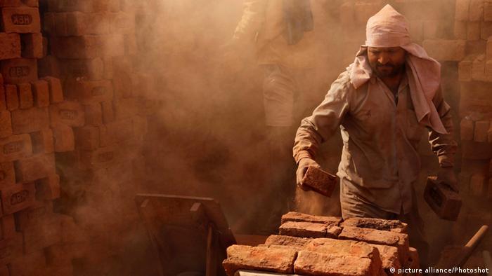 Ziegelei in Srinagar Indien Archiv 2012