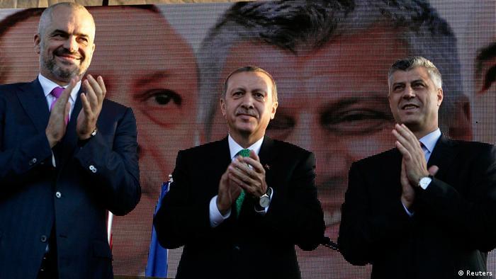 Турскиот премиер Ердоган со албанскиот премиер Рама и косовскиот премиер Тачи