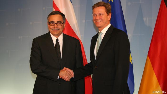 René Castro Salazar y el ministro alemán del Exterior, Guido Westerwelle. (2011)