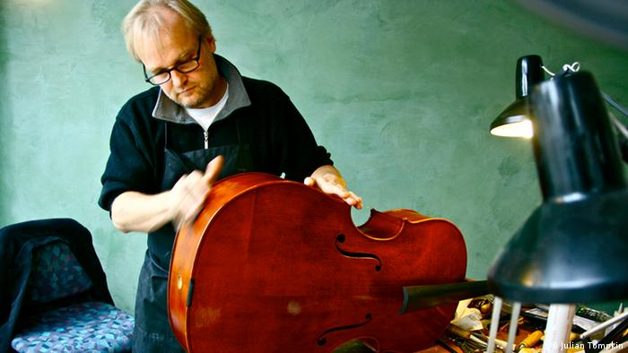 Violinmaker Kevin Gentges at his workshop in Prenzlauer Berg (photo: Julian Tompkin)