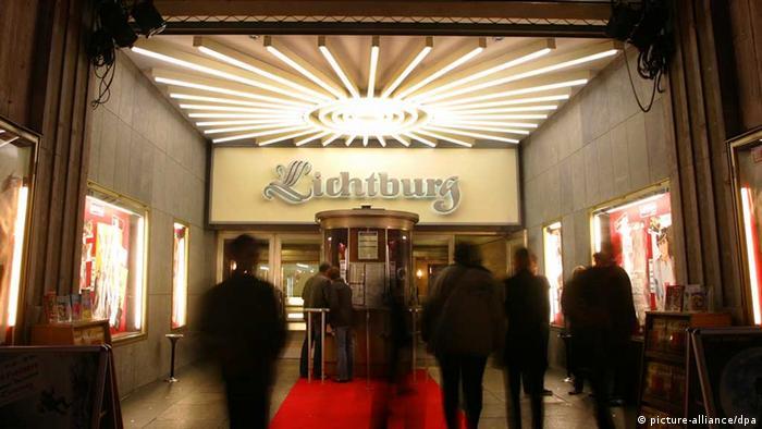 In Deutschlands Kinos lacht man wieder öfter | Top-Thema