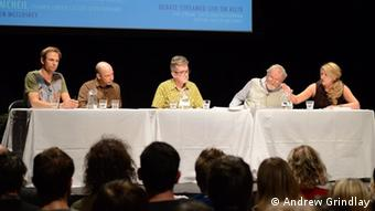 A picture of the panel at the debate (Photo: Andrew Grindlay, for DW)