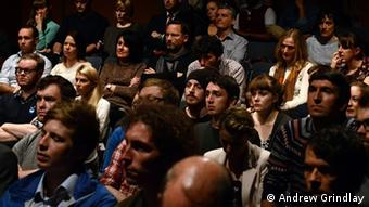 Audience at debate in Glasgow on the issue of Scottish independence(Photo: Andrew Grindlay, for DW)