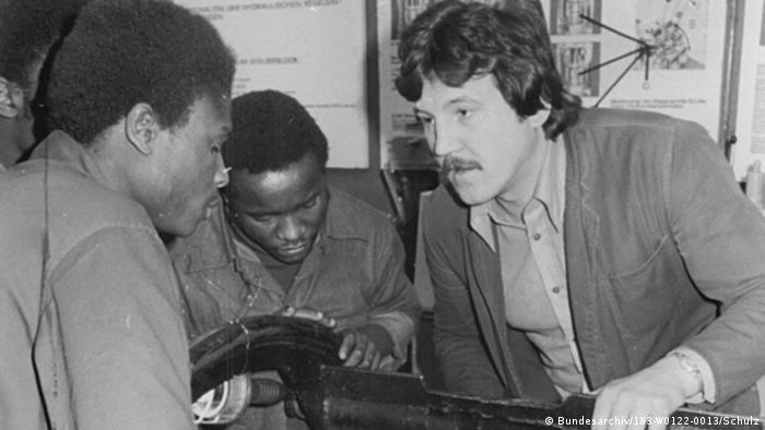 DDR Afrika ADN-ZB Ausbildung Traktorenwerk Schönebeck