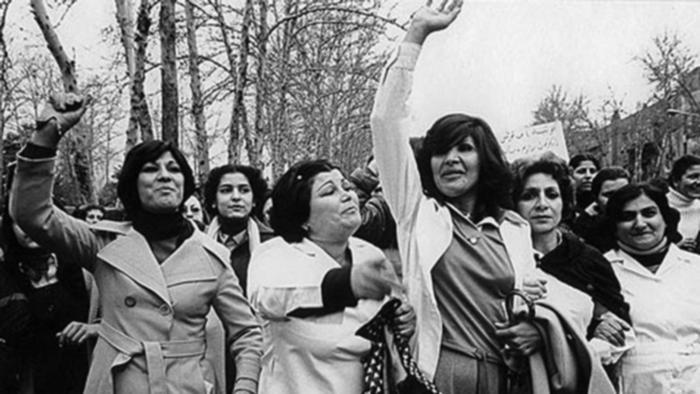 تظاهرات زنان علیه حجاب اجباری در تهران Iranische Quelle ohne Copyright