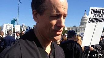 Thomas Drake at NSA demonstration