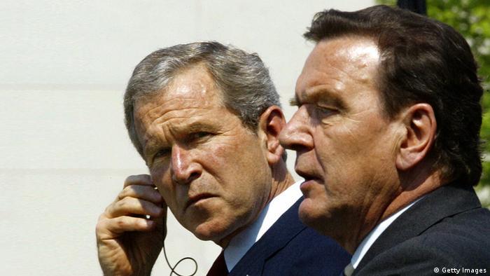 Джордж Буш-младший и Герхард Шрёдер в Берлине