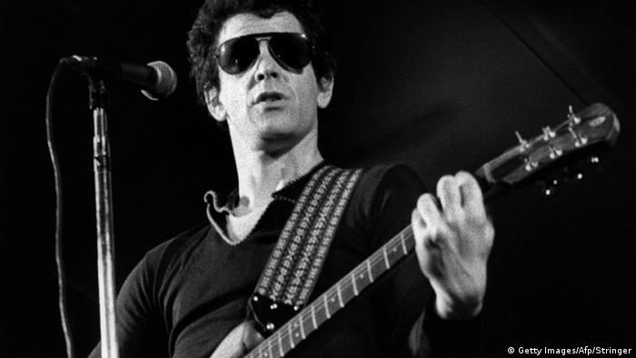 Lou Reed with a guitar (Getty Images/Afp/Stringer)