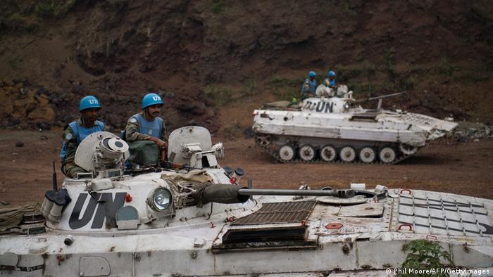 UN Soldaten und kongolesische Soldaten im Kongo
