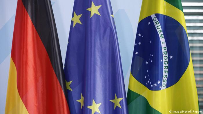 Symbolbild Beziehung Brasilien Deutschland (imago/Metodi Popow)