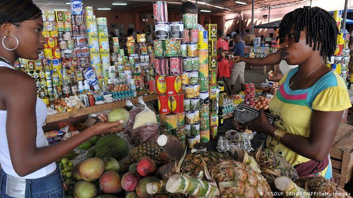 Angola Laden mit Lebensmitteln in Cabinda