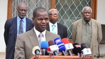 Saimon Macuiane und RENAMO-Delegation