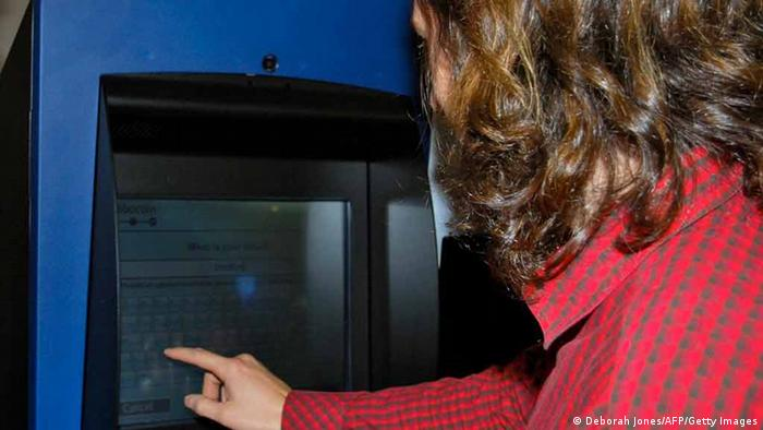 Kanada Bitcoins ATM (Deborah Jones/AFP/Getty Images)