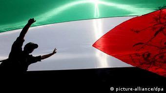 Palästinenische Flagge (picture-alliance/dpa)
