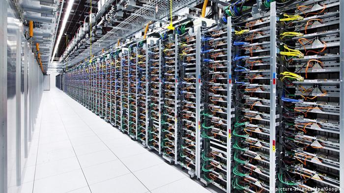 Хилядите сървъри на Google в Оклахома съхраняват всички данни