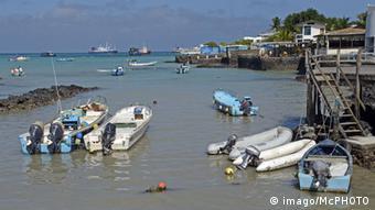 Fischerboote im Fischerhafen von Puerto Ayora