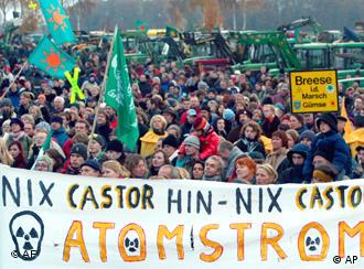 Anti-nuclear transport protests are a common sight in Germany