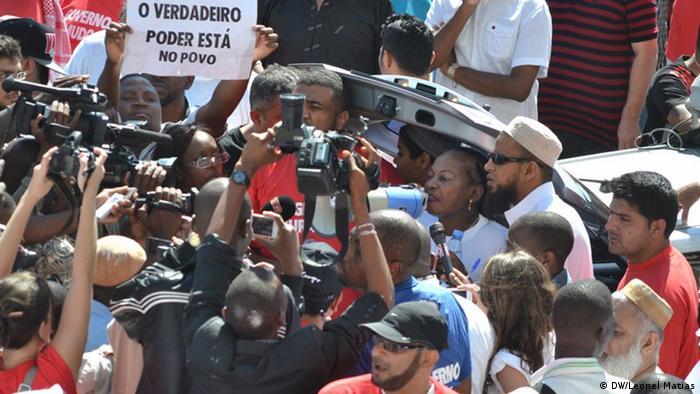 Demonstração contra a guerra em Maputo (31.10.13)