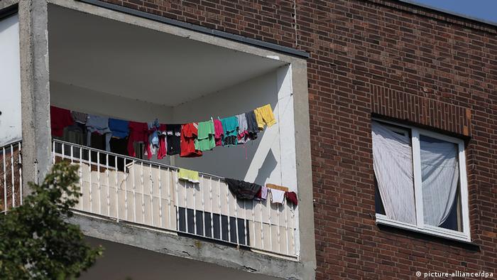 Blok w Duisburgu zamieszkały przez migrantów z Europy Południowo-Wschodniej