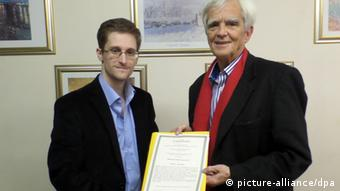 Hans-Christian Ströbele and Edward Snowden