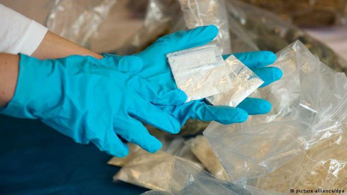 Crystal Meth / Drogen / Methylamphetamin / Zollfahndung