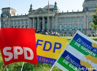 Banners for SPD, FDP and Greens together, symbolizing a coalition