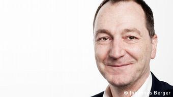 Manuel Izdebski, Mitglied im Vorstand der Deutschen AIDS-Hilfe und Geschäftsführer der AIDS-Hilfe im Kreis Unna - Foto: Johannes Berger (DAH)