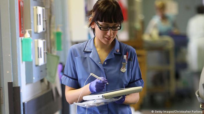 NHS Schwester Krankenhaus Medizin Großbritannien