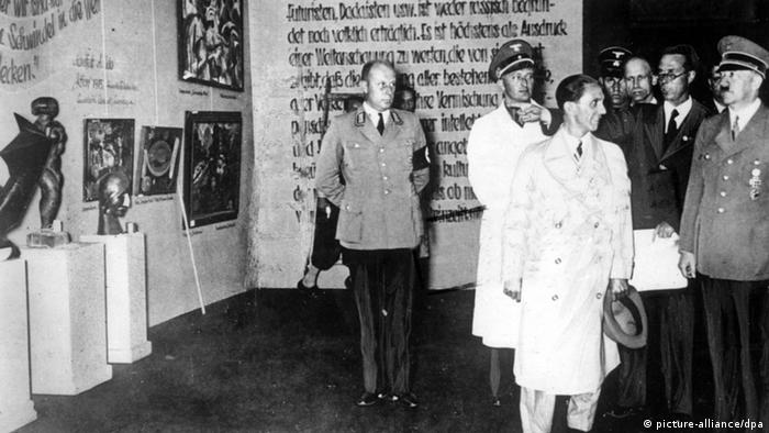 Hitler and Propaganda Minister Goebbels visiting the Munich exhibition Degenerate Art in 1937