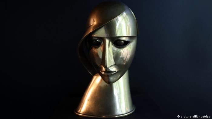 Kopf in Messing von Rudolf Belling
