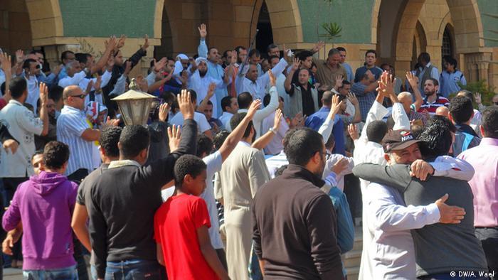 يحرض الخطاب الديني على استمرار الاحتجاجات في مصر