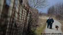 Stacheldrahtzaun an der Grenze zwischen Türkei und Bulgarien; Copyright: picture alliance/dpa