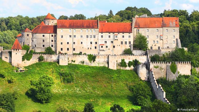 Замок Бургхаузен - Burg Burghausen