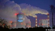 Polen Umwelt Greenpeace Aktion vor Kohlekraftwerk Belchatow