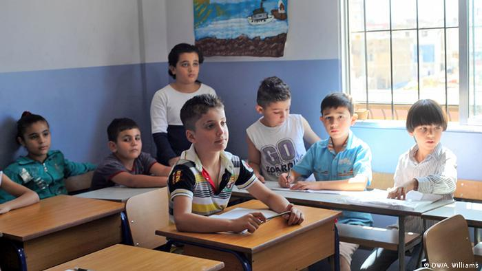 Children-in-a-classroom-at-the-Mouvement-Social-Center-in-Burj-Hammoud Copyright: Andreane Williams, DW Mitarbeiterin, Lebanon, Oct. 2013