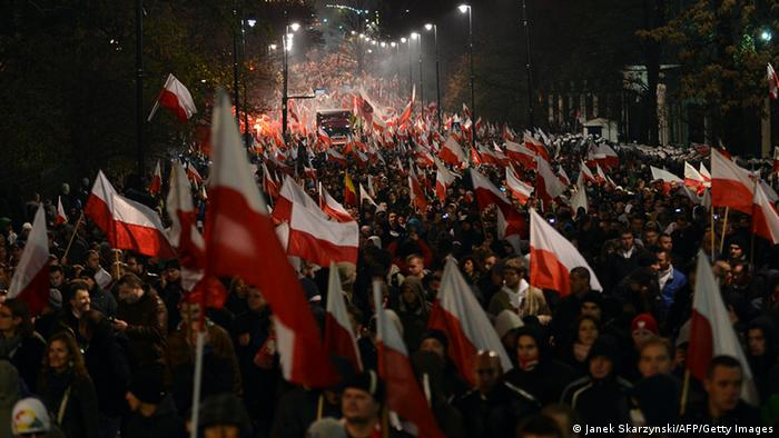 Nationalisten demonstrieren in Warschau (Foto: AFP/Getty Images)