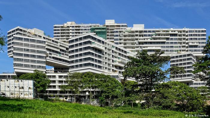 Interlace в Сингапуре
