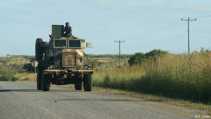 Carro blindado da Força de Intervenção Rápida (foto de arquivo)