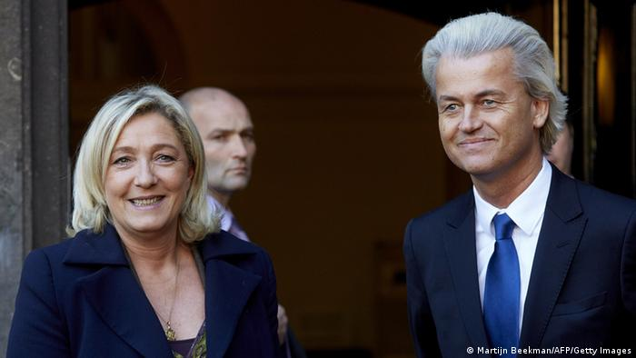 Marine Le Pen und Geert Wilders in Den Haag (Foto: AFP/Getty Images)