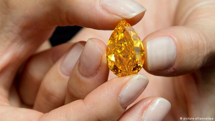 Weltgrößter orangefarbener Diamant der Welt (picture-alliance/dpa)
