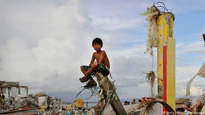 Philippinen Hayan 2013 (Photo by Kevin Frayer/Getty Images)