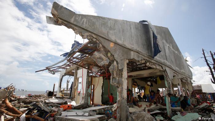 Vom Taifun zerstörtes Haus auf Leyte (Foto: Reuters)