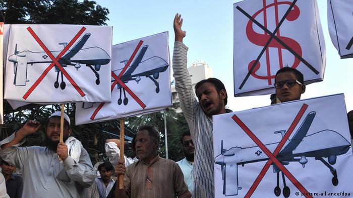 Protesters in Pakistan demonstrate against US drone strikes. Archive image from 2013