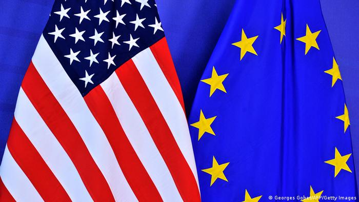EU and US flags (Photo: GEORGES GOBET/AFP/Getty Images)