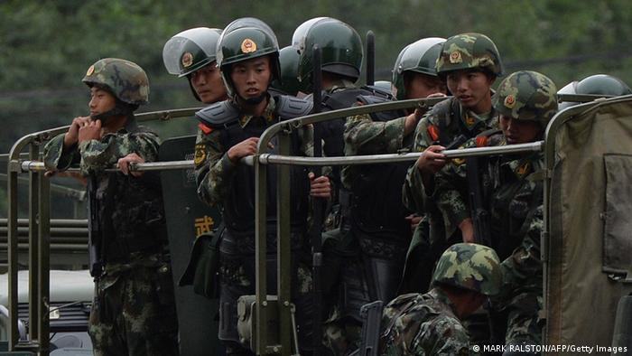 China Anschlag gegen Polizisten in Xinjiang Symbolbild
