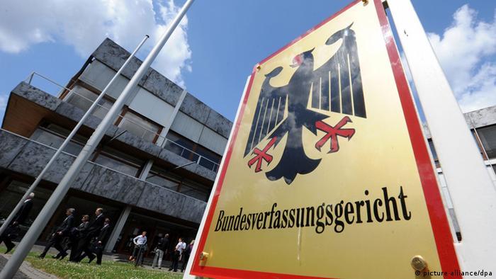 Niemiecki Trybunał Konstytucyjny wstrzymał ratyfikację Funduszu Odbudowy UE